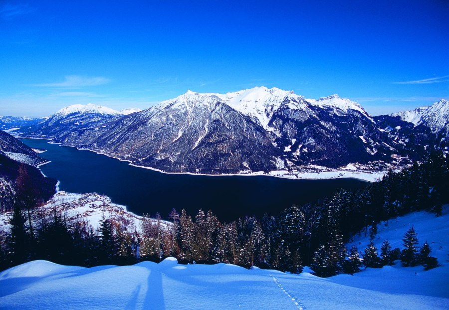Günther Hlebaina findet im Winter wie im Sommer Entspannung rund um den Achensee.