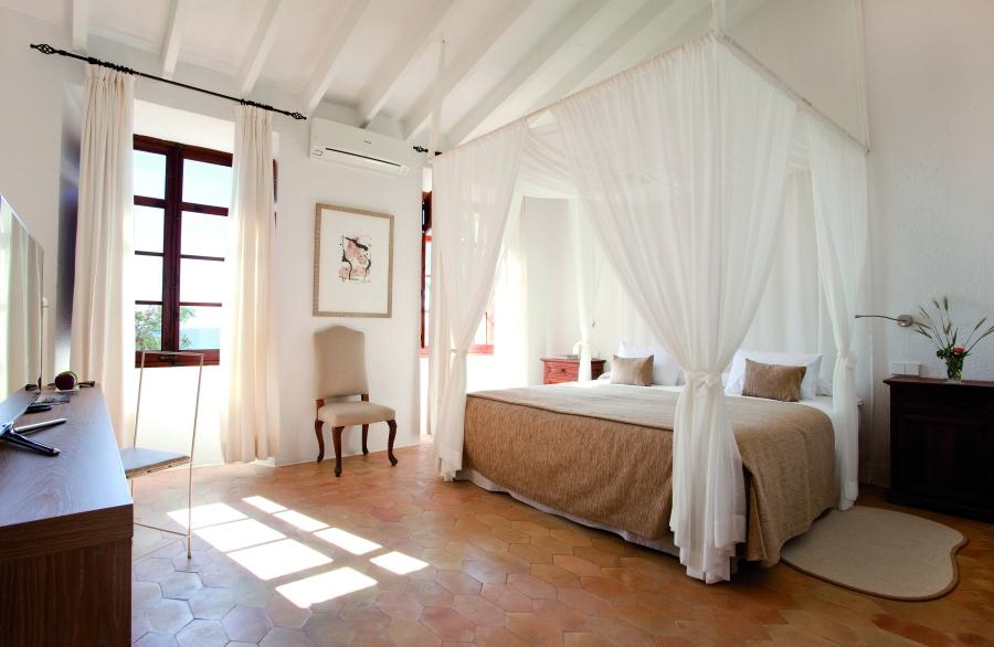 Die Zimmer sind in hellen, freundlichen Farben eingerichtet.