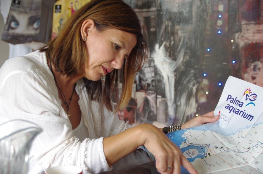 Die Künstlerin erklärt ihre Lieblingsorte auf der Insel.