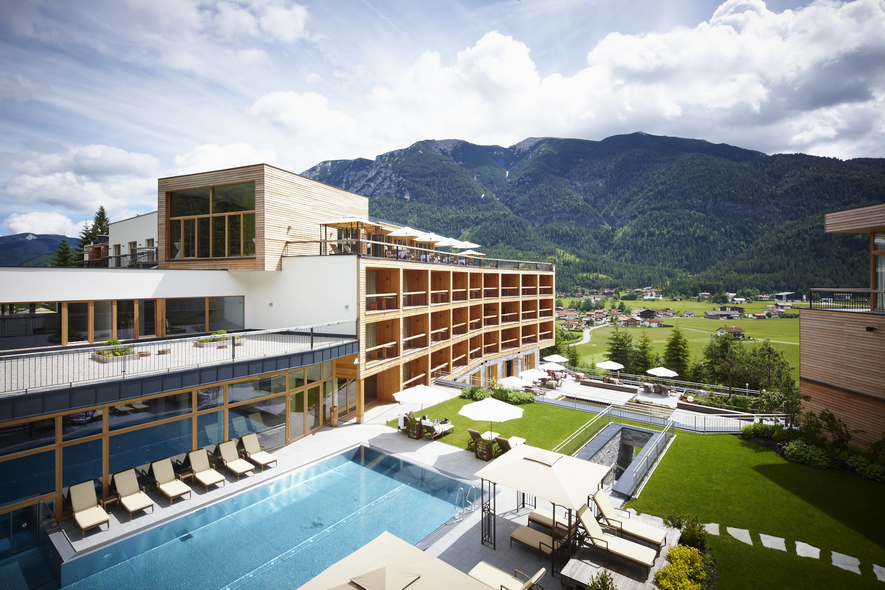 Das kronthaler g nther hlebaina the stylemate for Design hotel achensee