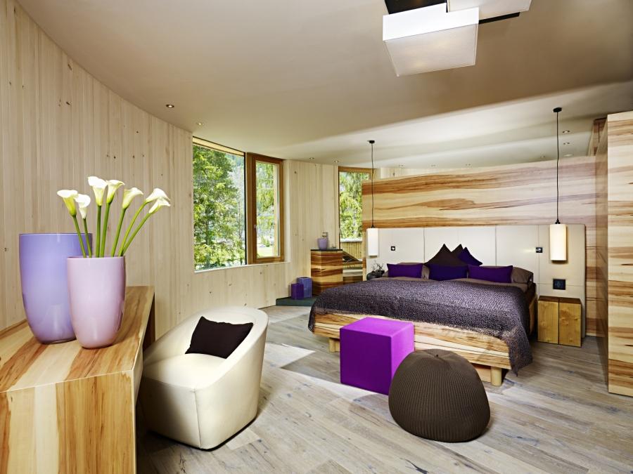 Die Zimmer im Naturhotel Waldklause stehen in enger Verbindung zur Natur.