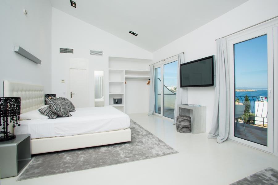 Zhero Pool Suite