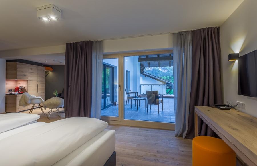 Die Suiten bieten mit stylishem Interieur viel Platz um sich zu entspannen.