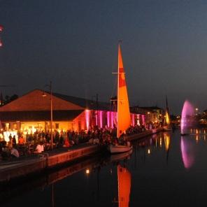 Ganz Rimini wird in die Farbe Rosa getaucht. © Emilia Romagna Turismo