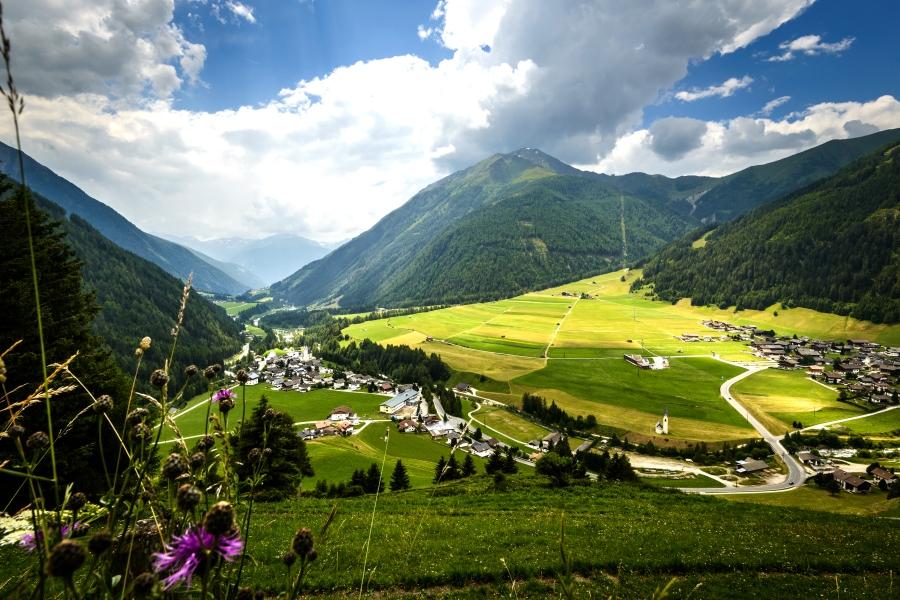 Osttirol hat weit über 200 Dreitausender. © Shutterstock