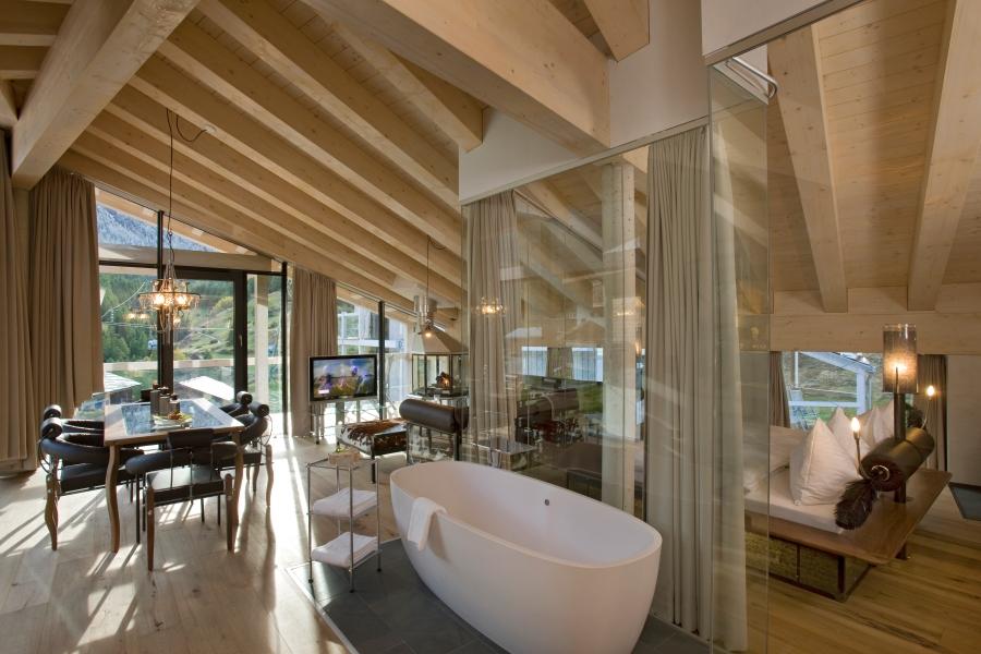 Das offene, moderne und indivuduelle Design wurde zusammen mit dem Künstler Heinz Julen entworfen.