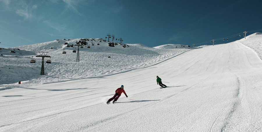 Auch abseits der präparierten Pisten gibt es viel zu erleben. © Zermatt Bergbahnen