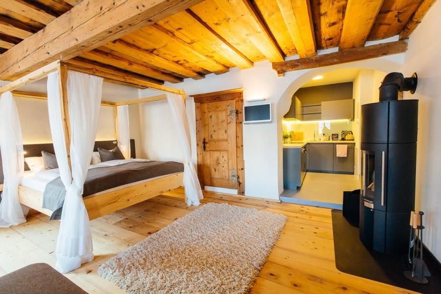 Die Suite HOLZ kann auf eine Geschichte von ca. 500 Jahren zurückblicken.