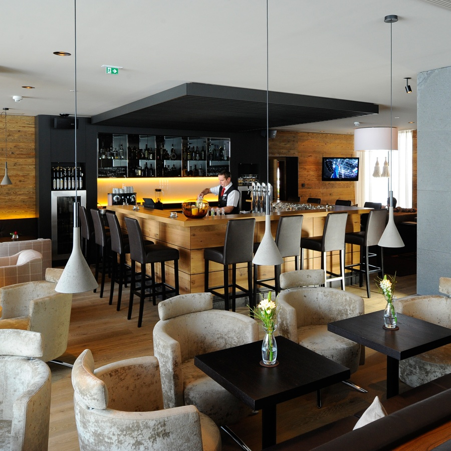 Von tiroler Schmankerl bis hin zur internationalen High-Class-Küche kann man im Hotel Weisses Lamm alles genießen.