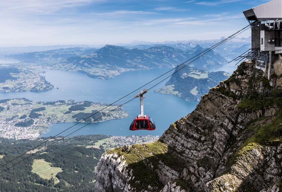 Blick auf die Zentralschweizer Alpen © www.pilatus.ch